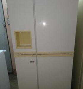 Холодильник бу Электролюкс, 4 х дверный