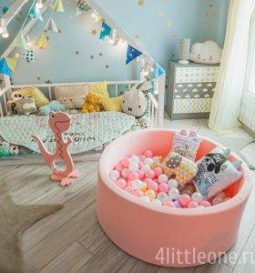 Нежно-розовый бассейн с шариками