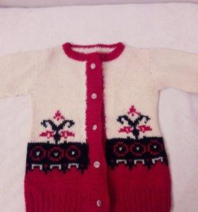 Новая вязанная шерстяная детская кофточка