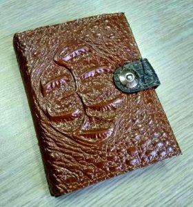 Портмоне с отделами для паспорта и прав
