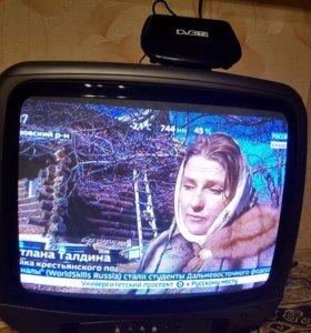 Телевизор+цифровая приставка.