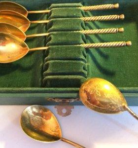 Набор серебряных ложек с позолотой