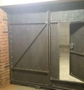 Ворота металлические.Установка