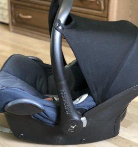 Автомобильное кресло Maxi cosi cabriofix