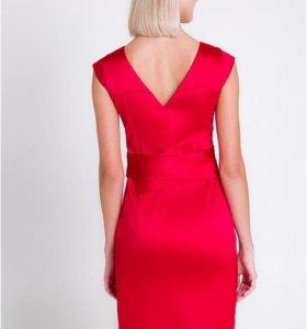 Новое праздничное платье 44-46 размера