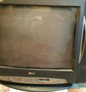 Телевизор LG CF21S10E
