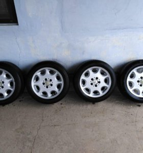 Mercedes bens R16