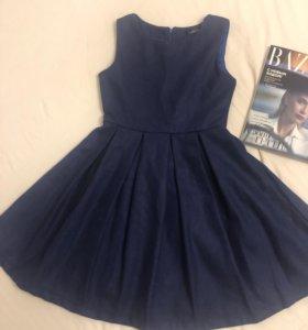 Новое// платье из синего сукна