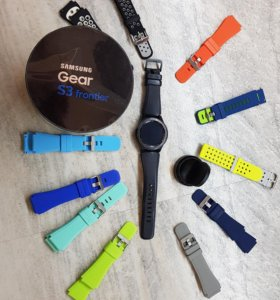 Часы SAMSUNG Gear S3 Frontier + браслеты