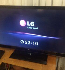 LG 42 smart tv 106 см ЖК бу рябит