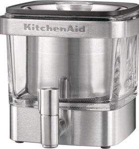 Новая кофеварка колд-брю KitchenAid 5KCM4212SX.