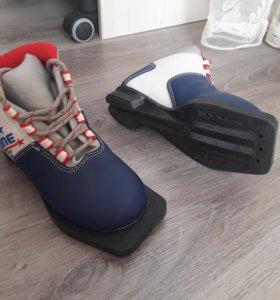 Ботинки лыжные, 31размер