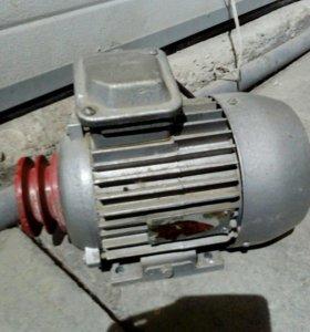 Эл,двигатель,220-380 v ,новый