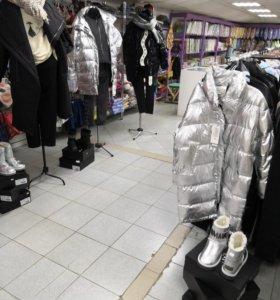 Продавец в магазин одежды