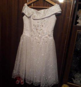 Платье 6--8лет