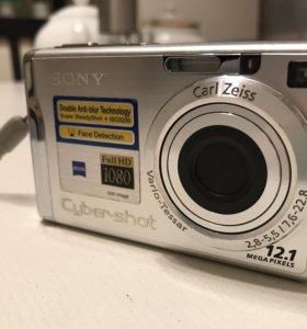 Фотоаппарат Sony DSC W200