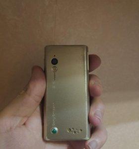 Телефон Sony Ericsson g705