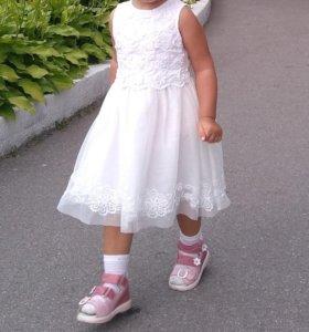 Нарядное белое платье, 1-1.5 года