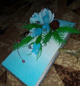 Новогодняя коробка конфет