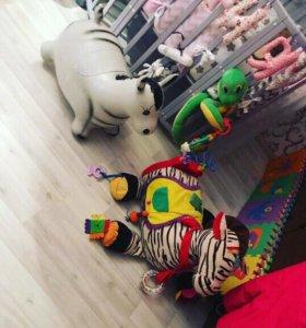 Игрушки зебра и ослик