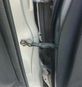 Эффективный ремонт ограничителей дверей автомобиля