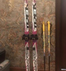 Лыжи детские новые с креплением и палками