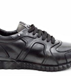 Кроссовки Valentino на меху