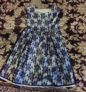 Платье синее гипюровое