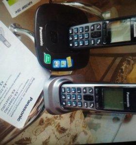 Цифровой беспроводной телефон,комплект 2 трубки