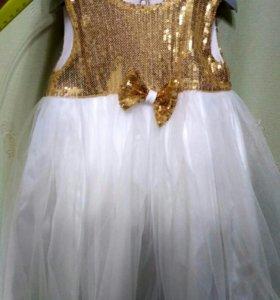 Нарядное платье, рост 80