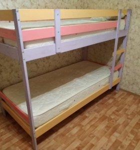 Кровать двухъярусная 90х200 с матрасами. Массив.
