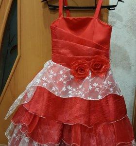 Платье со шляпкой