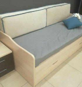 Продаю Кровать-диван