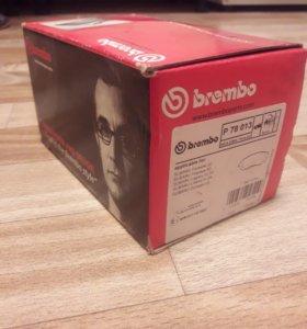 Колодки тормозные brembo O78013