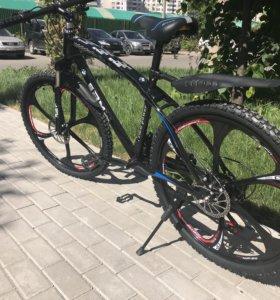 Велосепед на литых дисках