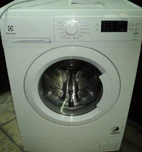 Стиральная машина Electrolux EWS 1052 EEU