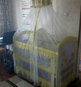 Детская кроватка-манеж с балдахином