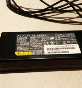 Блок питания Fujitsu FMV-AC314 (зарядка)