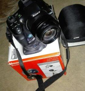 SONY DSC-HX400 цифровая фотокамера.