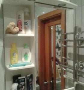Продам мебель (шкаф, полка с зеркалом) для ванной