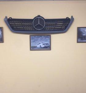Решётка радиатора Mercedes Sprinter W909 W901