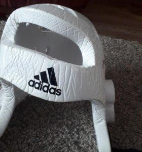 Продам шлем Адидас для тхэквондо