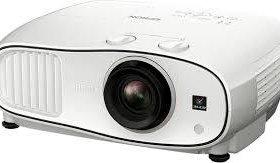 Новый проектор Epson EH-TW6700W