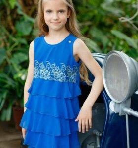 Продам платье 7-9 лет