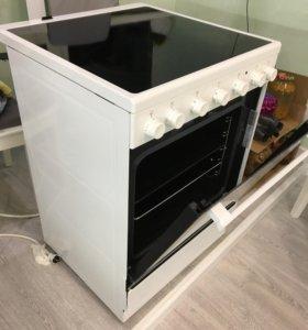 Электрическая плита Electrolux с духовкой