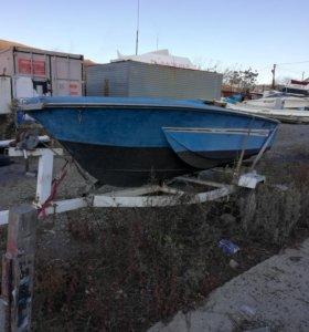 Корпус катера, лодки Suzuki F15 пластиковый.