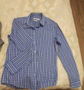 Мужские рубашки и свитер