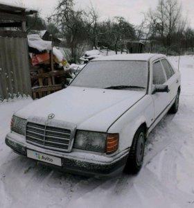 Mercedes-Benz E-Класс, 1985