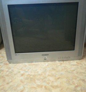 Телевизор большой рабочий