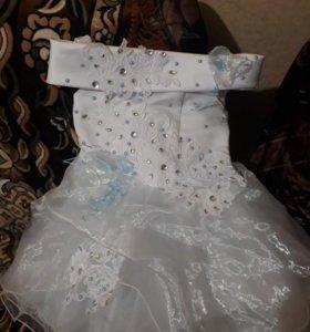 Платье на девочку.На 2-3 года